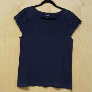 Gap Short Sleeve Eyelet Cotton Shirt Top size M